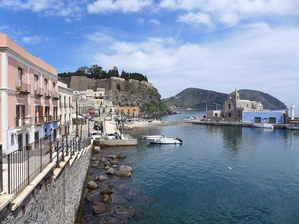 Islands of Sicily Guided Walk
