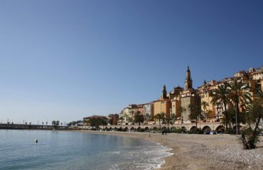 0000b1_france_french-riviera_Sea-front-in-the-Fre-g.jpg