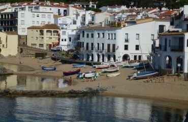 0000fe_spain_catalunya_Beach-front-at-Palaf-g.jpg