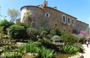 000124_spain_catalunya_Building-in-Girona-g.jpg