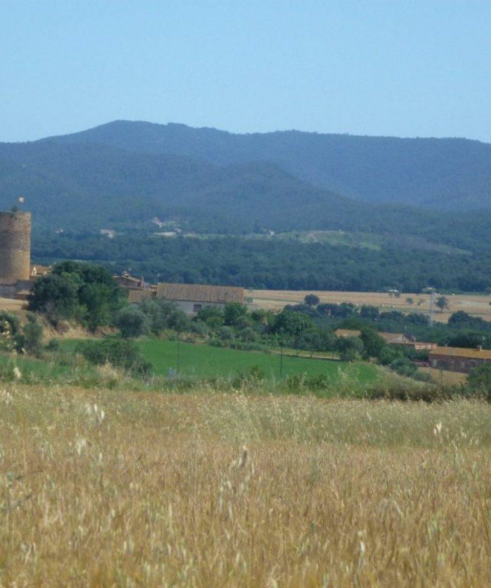 000134_spain_catalunya_Countryside-view-fro-g.jpg