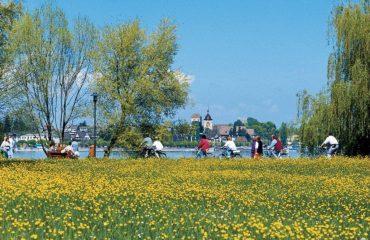 0001f7_austria_lakeconstance_Cycling-around-lake-g.jpg