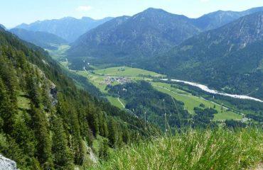 0003f6_germany_View-from-hilltop-ov-g.jpg