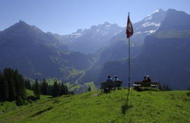 000486_switzerland_bernese-oberland-ski_Mountain-in-Kanderst-g.jpg