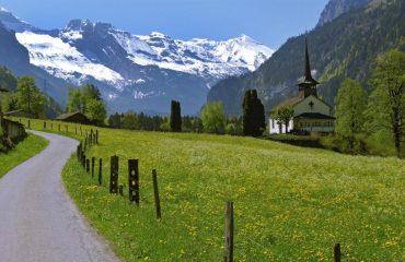 000487_switzerland_bernese-oberland-ski_Countryside-in-The-B-g.jpg
