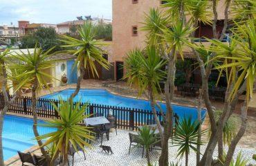 00049f_portugal_algarve_The-pool-at-Lagos-g.jpg
