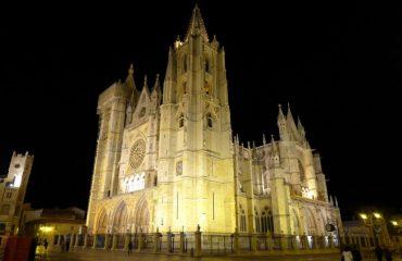 0004f3_spain_galicia_Church-building-Gali-g.jpg