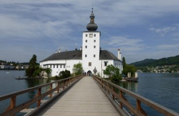 00067f_austria_salzburg_Schloss-Ort-g.jpg
