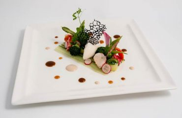 000884_france_burgundy_Dish-at-LEcusson,-Be-g.jpg