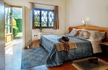 000891_italy_chianti_Bedroom-Relais-della-g.jpg