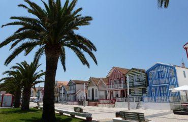 000a6c_portugal_beira_Costa-Nova-houses-g.jpg
