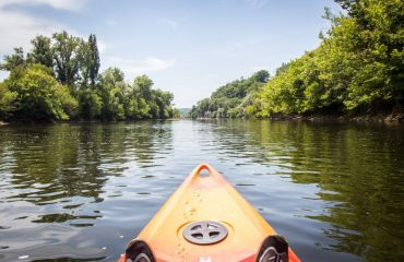 000ec4_france_dordogne_Kayaking-on-the-Dord-g.jpg