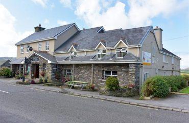 An Bothar Pub and Guest House