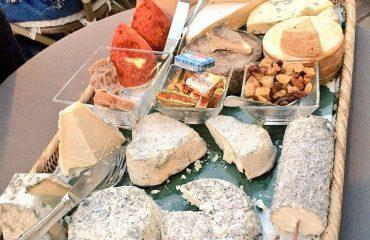 france/loire/00145d/Cheeses-in-The-Loire-g.jpg