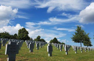france/alsace/001749/German-Cemetery---Be-g.jpg