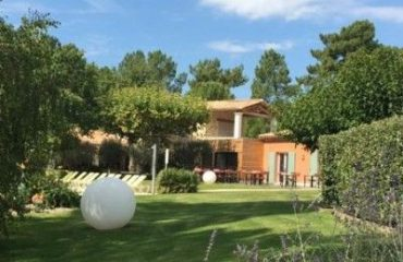 HOTEL-LES-SABLES-DOCRE-Roussillon