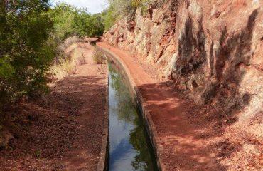 portugal/algarve/001965/Irrigation-canal-nea-g.jpg