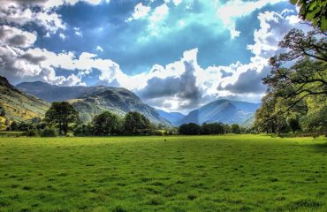 britain/any/0011b1/Langdale-Valley-Cum-g.jpg