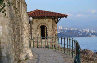 croatia/any/001bb0/Opatija-footpath-g.jpg