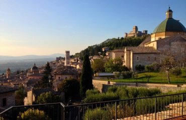 italy/umbria/0014e3/View-of-Assisi-g.jpg