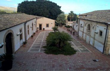 italy/sicily/000fea/Villa-Favorita-Noto-g.jpg
