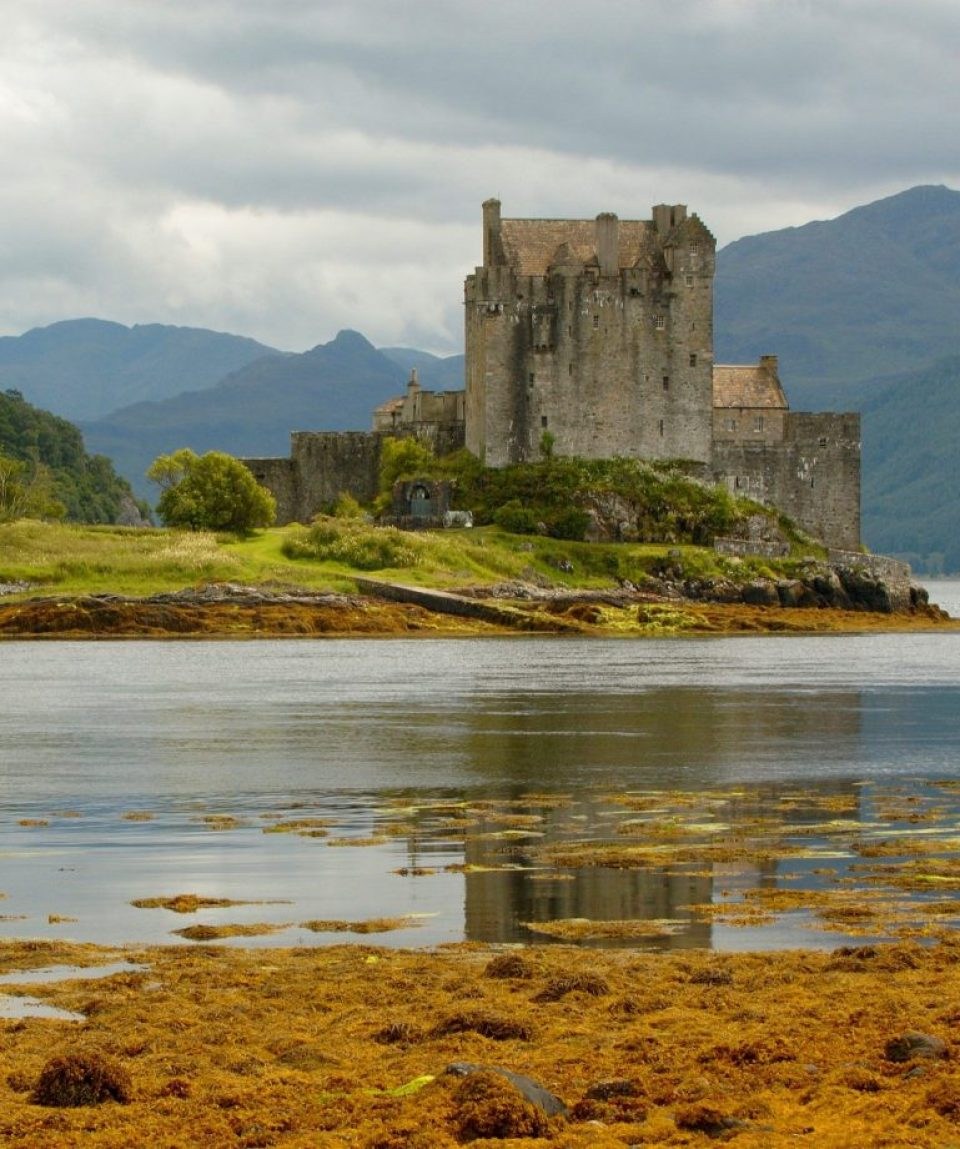 A-Scottish-Castle-beside-a-body-of-water-p