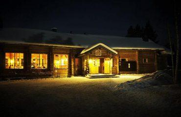 Finnish_Winter_Adventure_Family