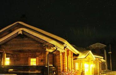 Finnish_Winter_Adventure_Family1