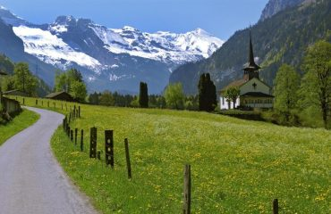 000487_switzerland_bernese-oberland-ski_Countryside-in-The-B-g.jpg