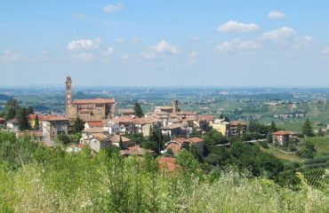 000d31_italy_piedmont_Views-over-Piedmont-g.jpg