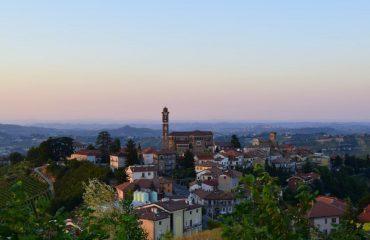 italy/piedmont/0011e4/View-of-Castiglione--g.jpg