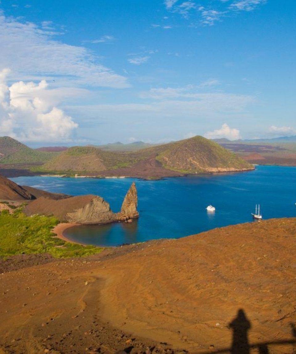 bartolome_island.jpg