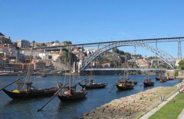 lrc_-_boats_in_porto.jpg