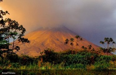 arenal_volcano.jpg