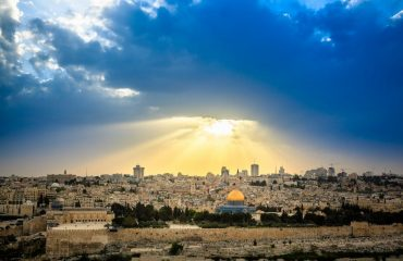 dramatic_sky_over_jerusalem_olive_mount.jpg