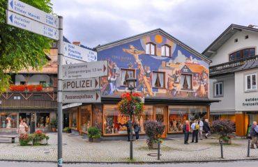street_view_of_luftlmalerei_fresco_-_zvd.jpg