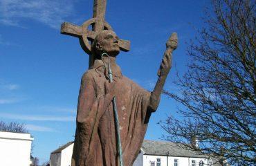 scw_-_st_cuthbert_statue.jpg