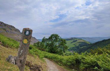 britain/wales/00238f/Offas-Dyke-Path-g.jpg